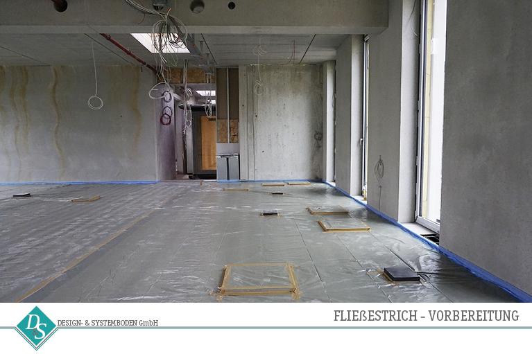 Design&SystembodenGmbH_Produkte_Hohlraumboden_Fließestrich_Vorbereitung01